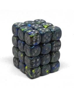 Brique de 36 d6 12mm Festive vert avec points argentés